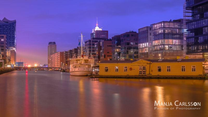 Hafencity - Sandtorhafen in der Nacht
